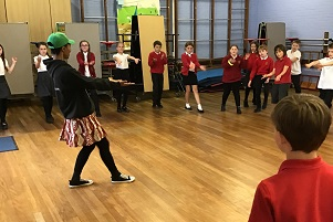 Anna Mudeka working with pupils of All Saints C of E Primary School in Great Oakley