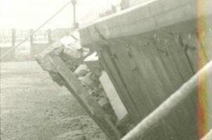1963 Brighton Road failed seawall due to loss of beach material