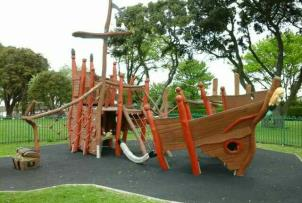 Childrens play area Cliff Park