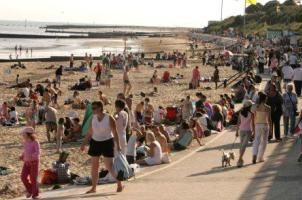 Photograph of West Beach, Clacton with lots of visitors